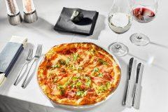 Pizza cu prosciutto