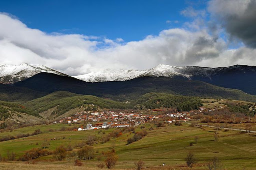 Satul Dobarsko, la poalele Muntelui Rila