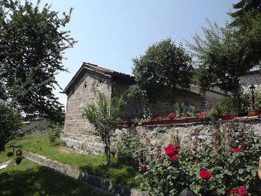 Biserica Sf. Theodor Tiron și Theodor Stratilat | Lucky Bansko