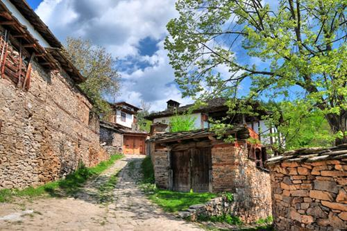 Casă în satul Leshten