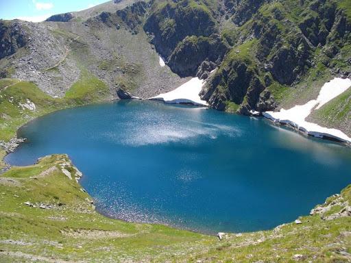Picnic la Lacul de ochi