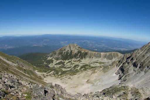 Vârful Bezbog din Munții Pirin