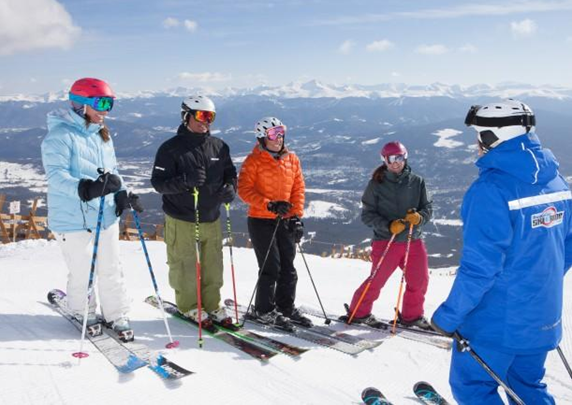 Cum se desfășoară antrenamentul de schi din Bansko?