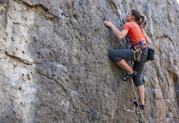 5 sporturi pe care le-ai putea practica în grup în timpul unei vacanțe în Bansko