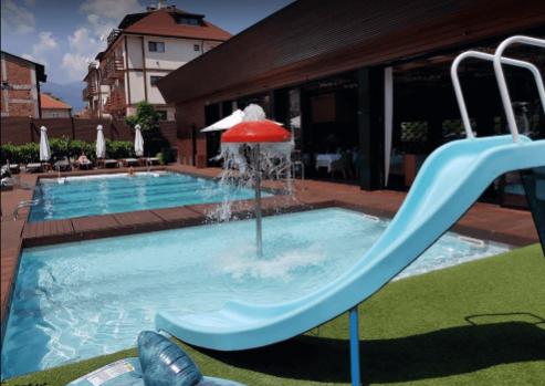 Complexul acvatic Lucky Bansko - adevărată distracție pe apă pentru tineri și bătrâni