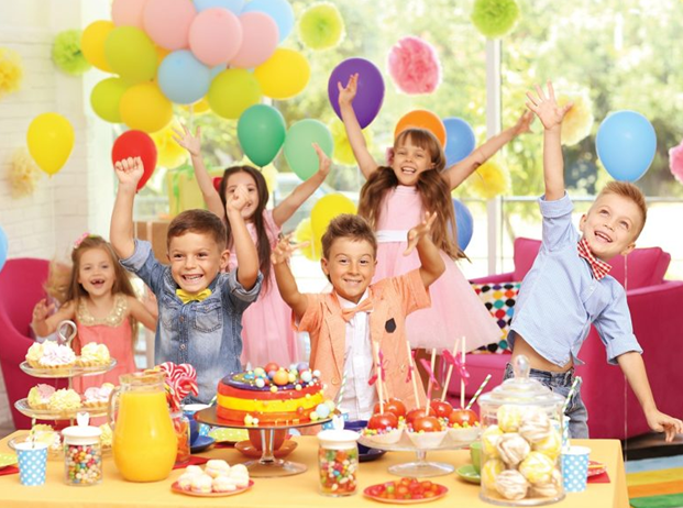 Sărbătorind ziua de naștere a unui copil la hotelul Lucky Bansko